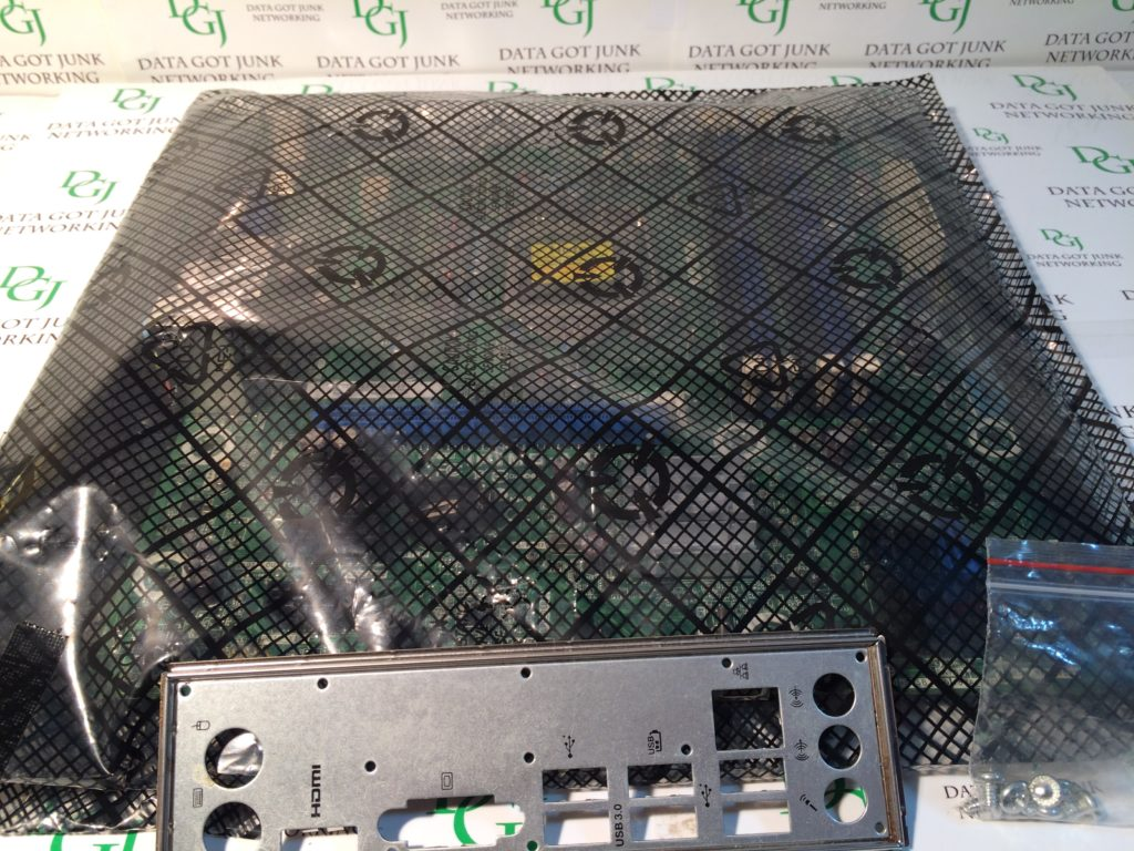 GATEWAY DX4870 IPIMB-AR Rev:1.02A Motherboard W/ I/O Plate